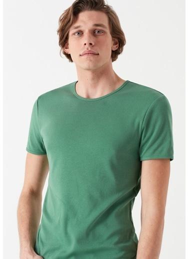 Mavi Erkek   Tişört 063747-28454 Yeşil